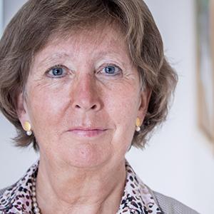 Dr. Ursula Becker